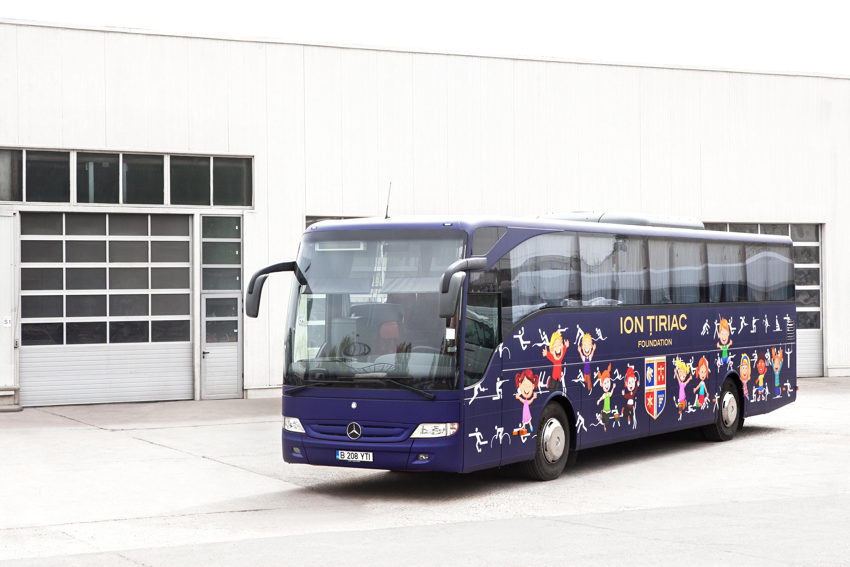 Autocarul Mercedes Benz Tourismo RHD - Fundația Ion Țiriac
